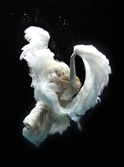Underwater-angel-1
