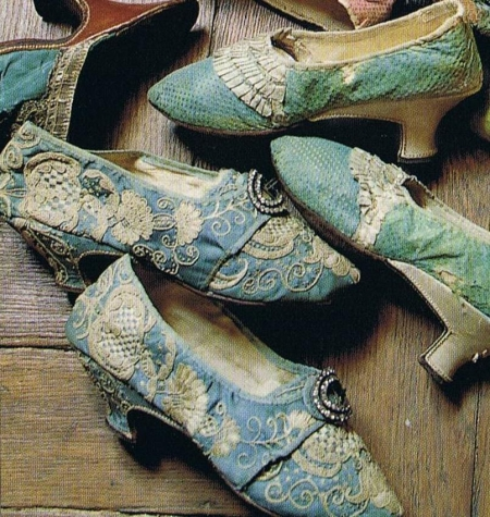 Shoes-marie-antoinette-1