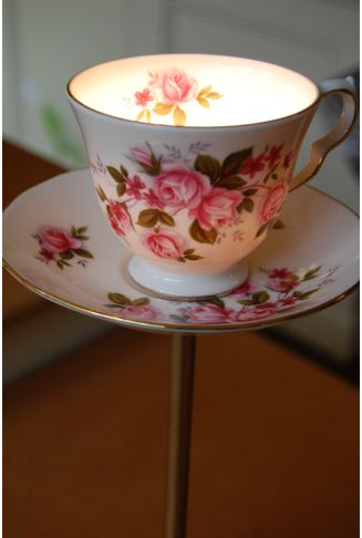 Flowery_teacup3_lamp