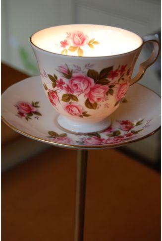 Flowery_teacup3_lamp
