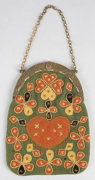 176-103_needlework-purse_1