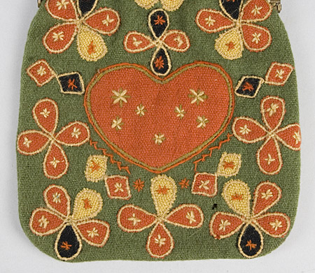 176-103_needlework-purse_3