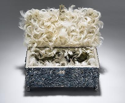 Box_of_silver_swan_spare_parts_an_3