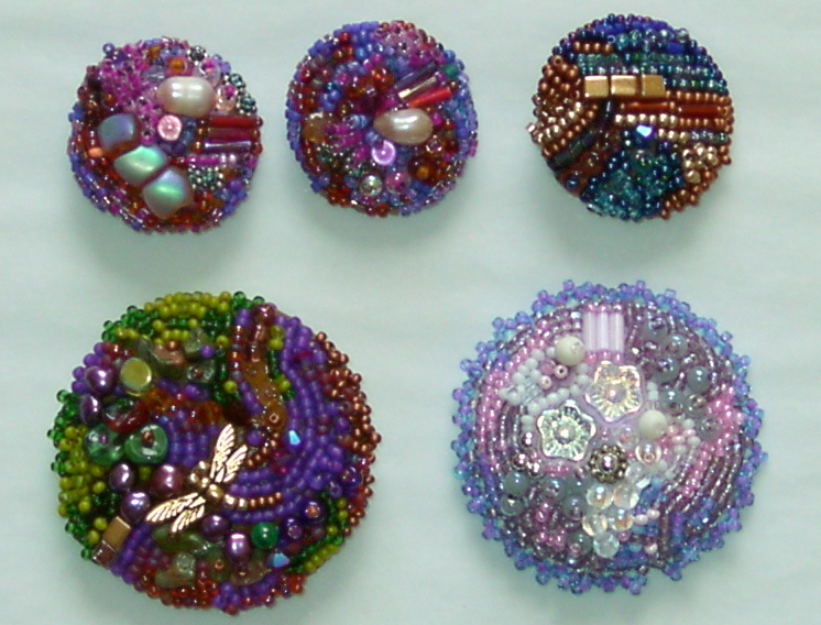 Beaded_buttons_2